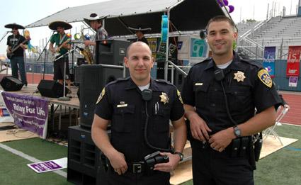 2 policias